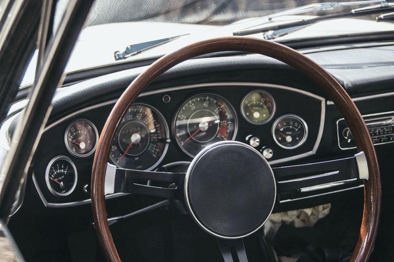 Tableau de bord Coupé BMW 1600 GT